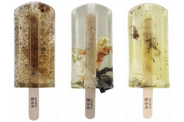 ijsjes van vervuilt water